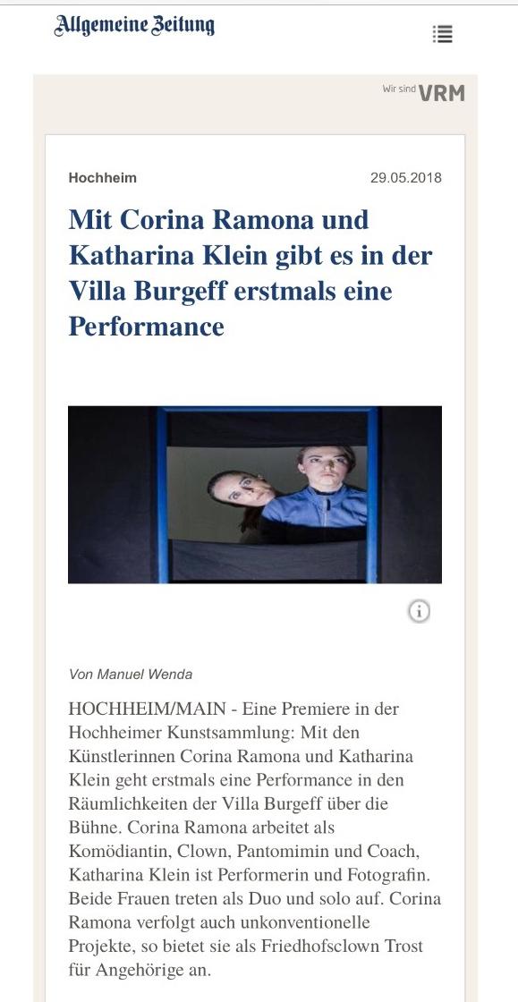 Tanzperformance Show Zeitungsartikel